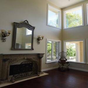 Corner window design in Carlsbad Home