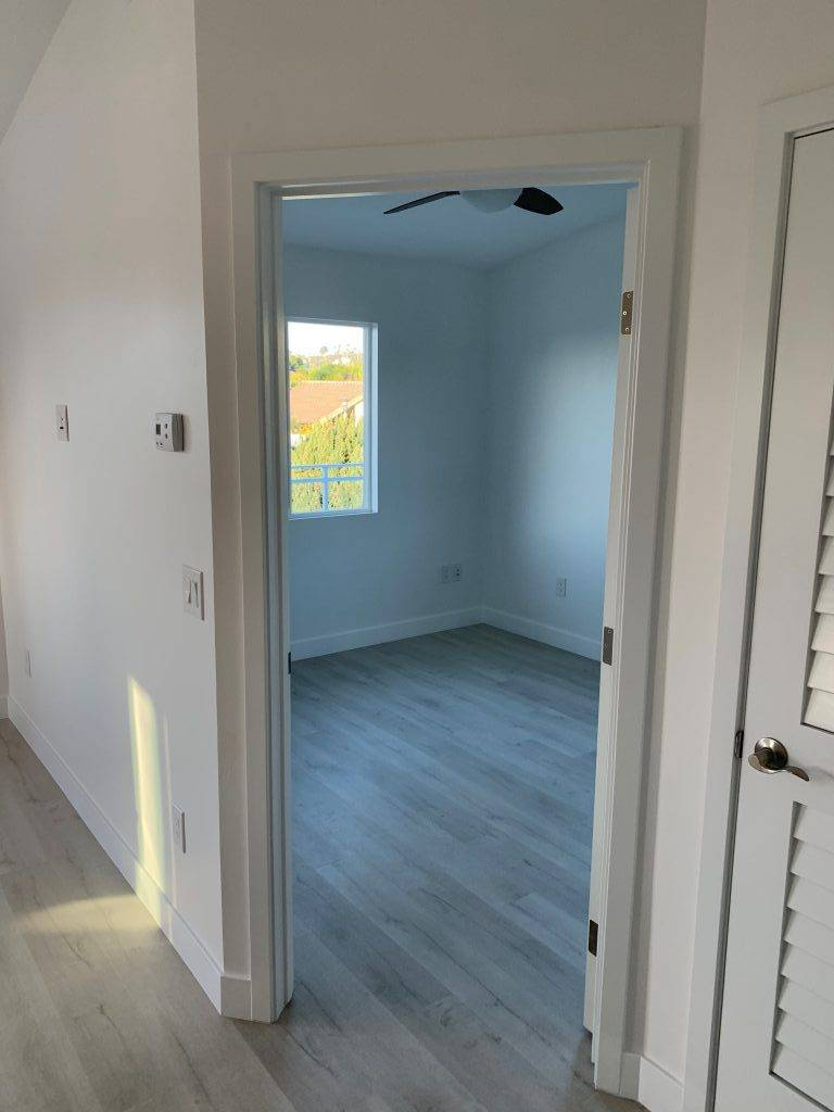 Additional Dwelling Unit view into bedroom from hallway