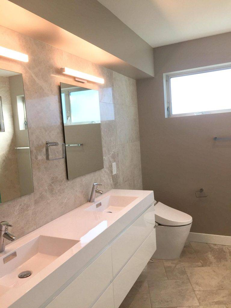 modern bathroom tile walls